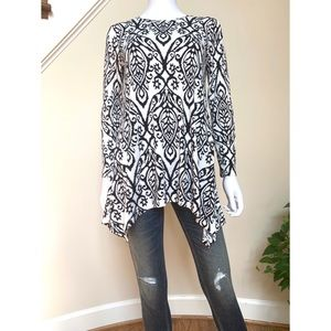 Black and white A-line tunic, S